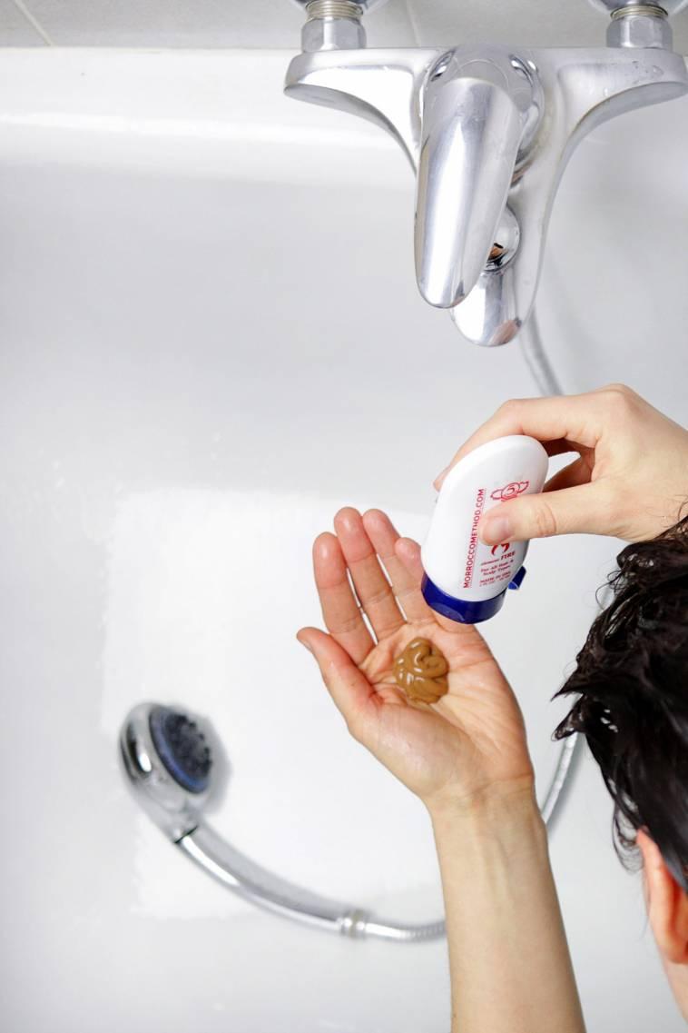haare waschen mit einem shampoo ohne tenside vegan roh ich lebe gr n. Black Bedroom Furniture Sets. Home Design Ideas