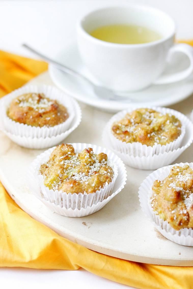 super saftige rhabarber zitronen muffins vegan glutenfrei ich lebe gr n. Black Bedroom Furniture Sets. Home Design Ideas